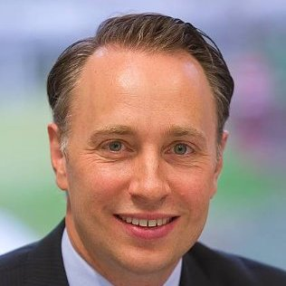 AXA welcomes Thomas Buberl as New CEO and Board Member